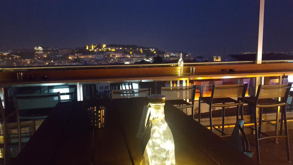 Christmas Gift Inspiration 4* Lisbon City Breaks - Image 5
