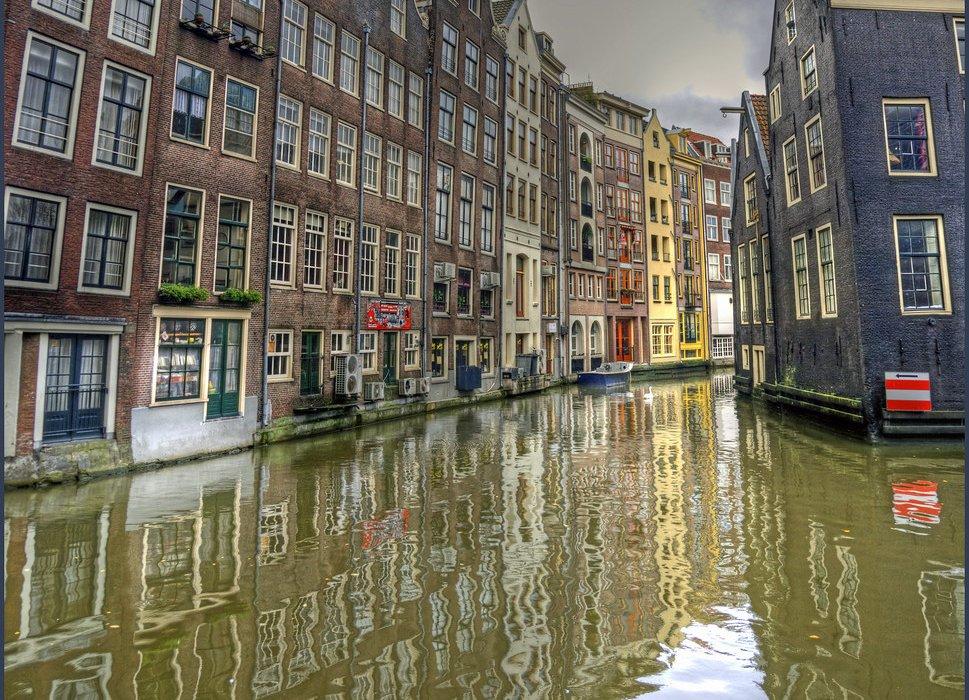 Amsterdam Christmas City Break Present - Image 2