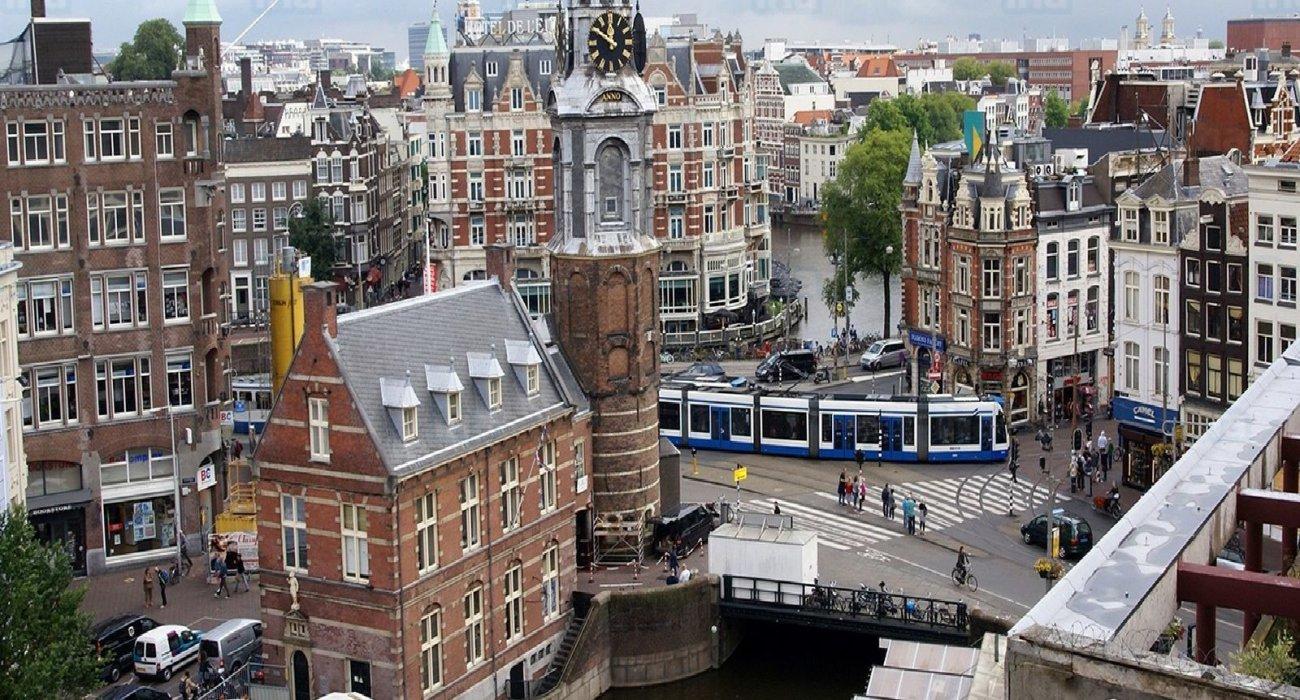 Amsterdam Christmas City Break Present - Image 6