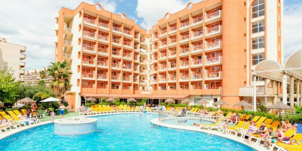 Salou Summer Half Board Family Deal