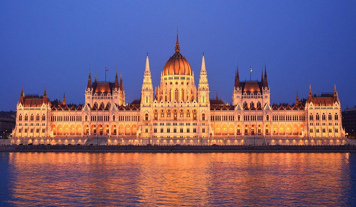 4* Budapest City Breaks - Image 2