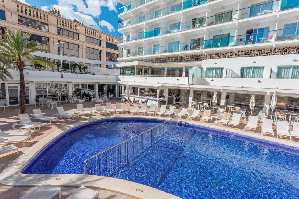 BENIDORM 4* ADULT ONLY EARLY BOOKER - Image 2