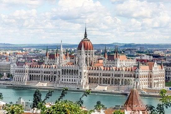 Budapest Winter Christmas Gift Idea - Image 1