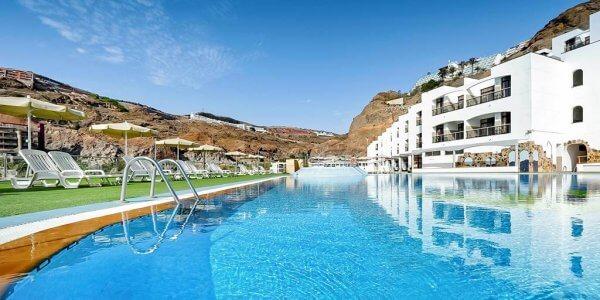 Gran Canaria Family Peak Dates