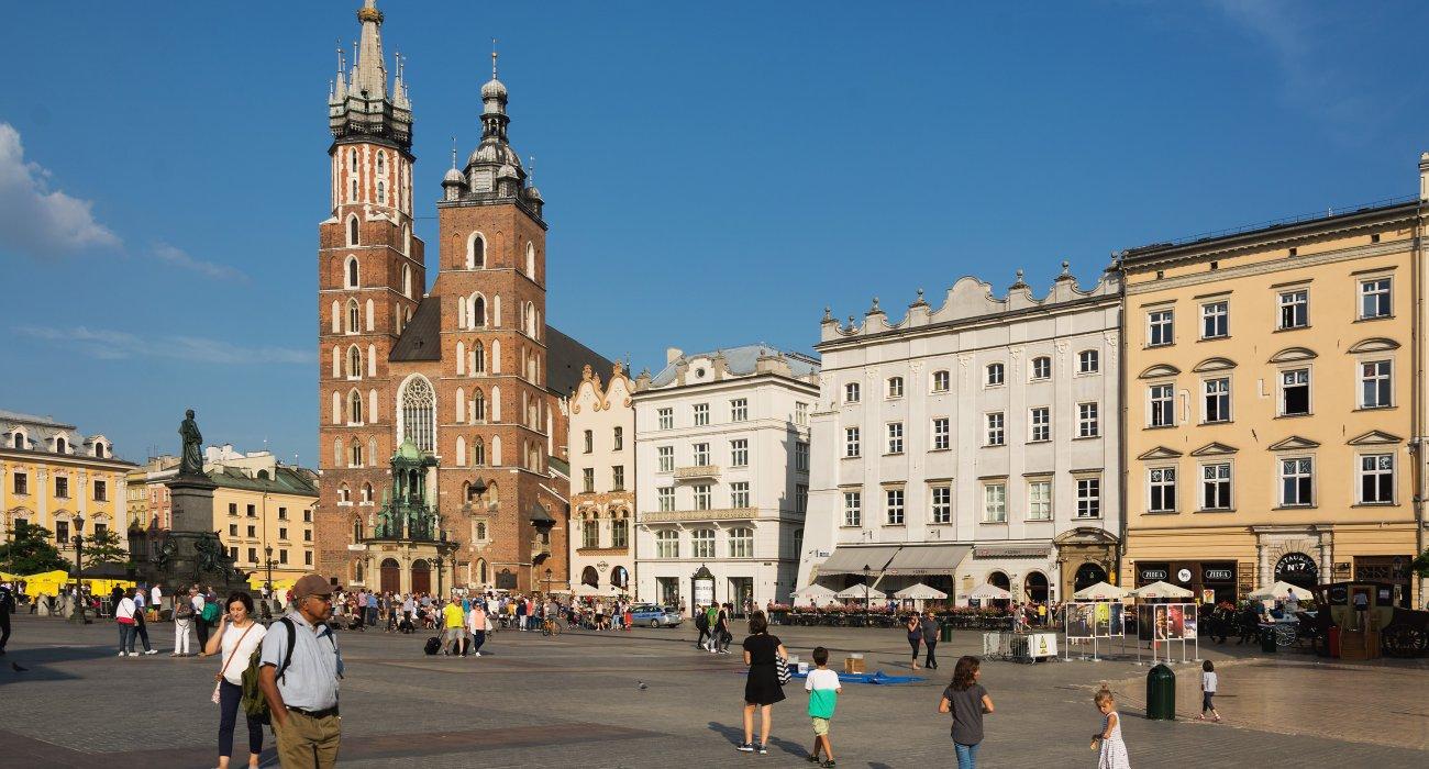 Christmas Krakow City Break Present - Image 1