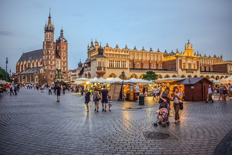 Krakow 4 night 4* Jan CityBreak - Image 1
