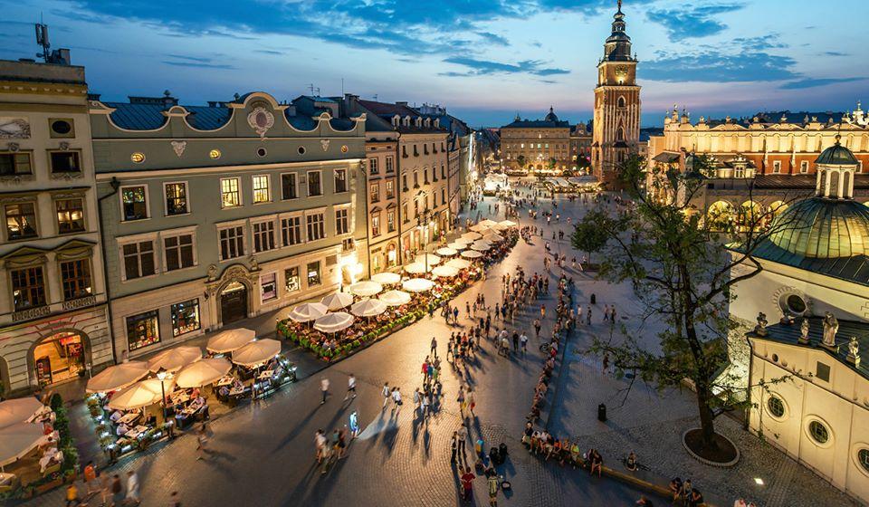Krakow Christmas Cracker Present Idea - Image 1