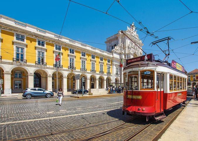 Lisbon Portugal Christmas Gift - Image 1