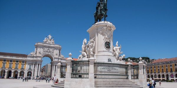 Christmas Gift Inspiration 4* Lisbon City Breaks