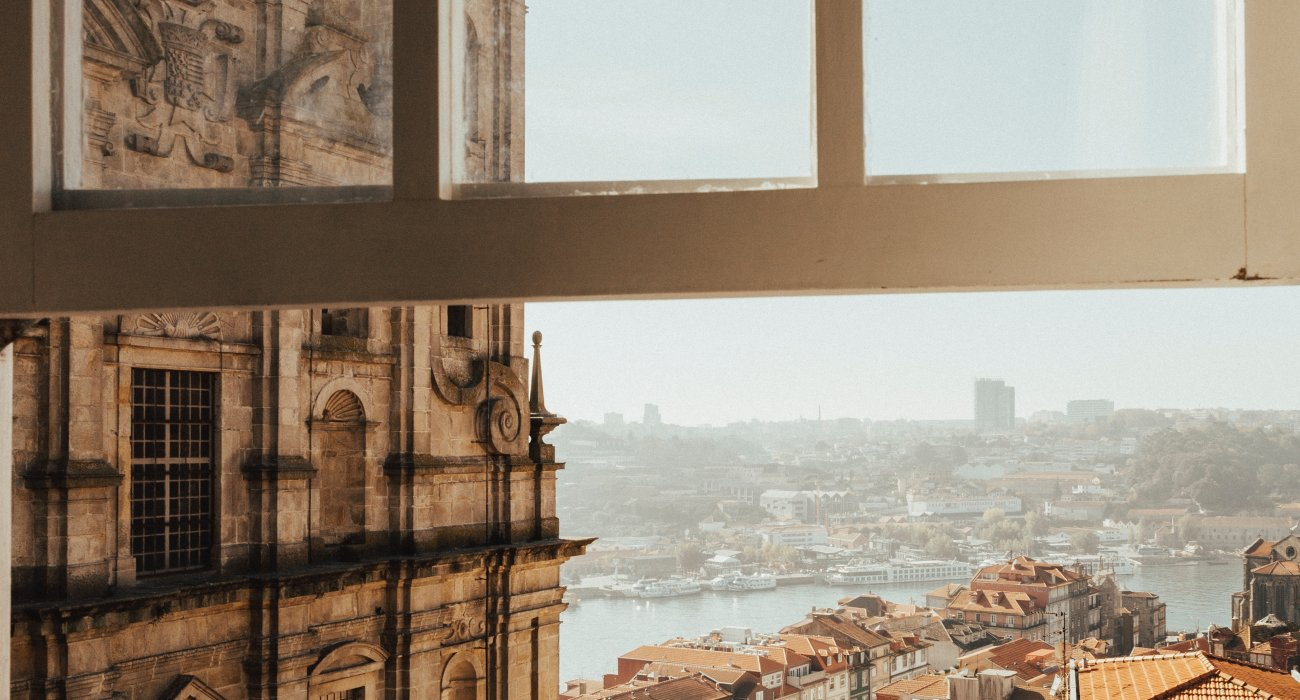 4* Porto City Breaks Christmas Gift Inspiration - Image 2