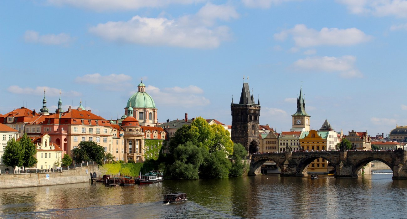 5* LUX Prague City Breaks - Image 1