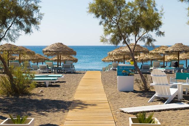 Santorini Summer Short Break - Image 8