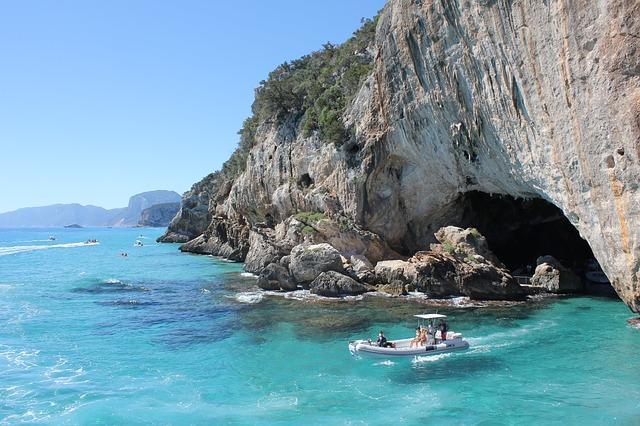 4* Alghero, Sardinia Early Summer - Image 1