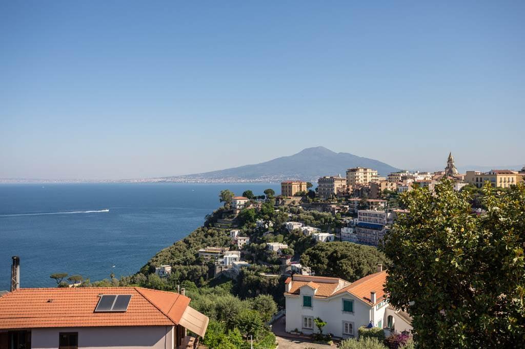 Sorrento Italy July Family Hols - Image 1