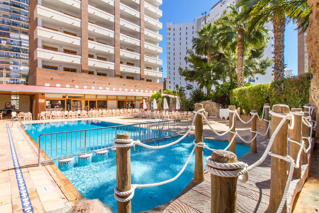 PARTY IN BENIDORM FOR UNDER £400PP - Image 4