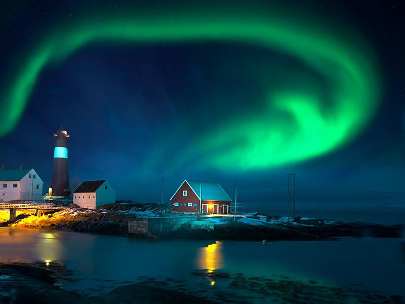 Want to see the Northern Lights – Reykjavik, Iceland - Image 3