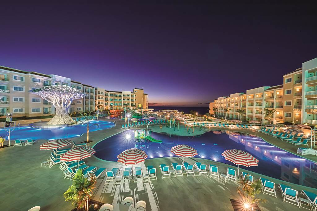 Tenerife 5* Lux Family Offer - Image 2