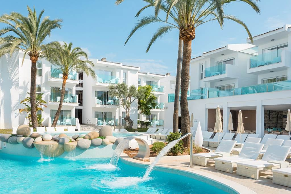 Adults Only 4* Puerto Pollensa Majorca Hols - Image 1