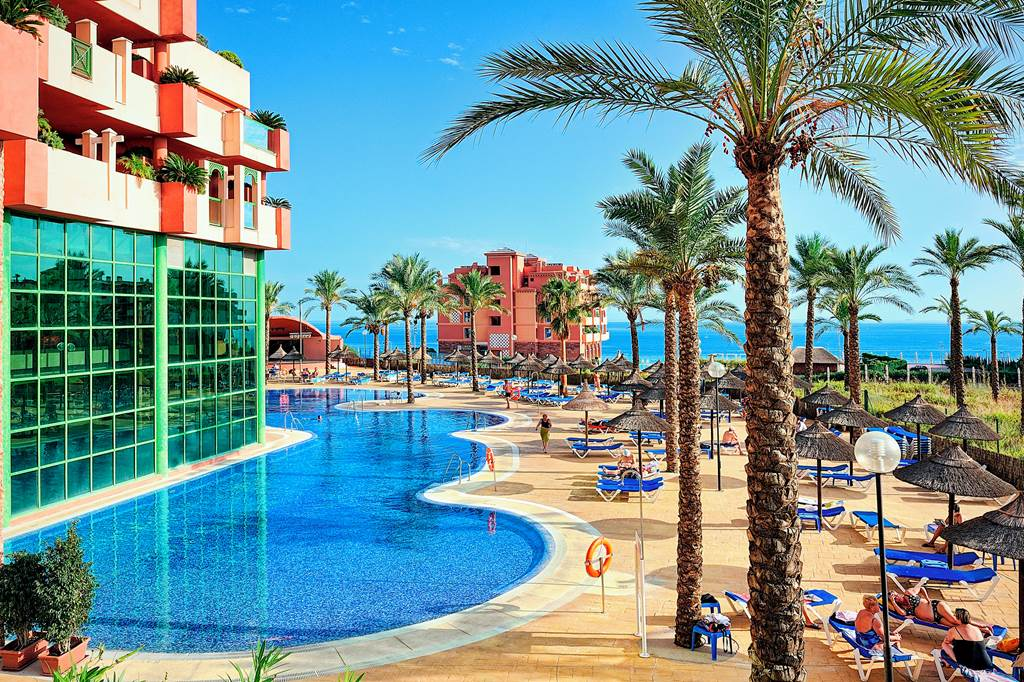 EARLY SUMMER '22 FAMILY DEAL COSTA DEL SOL - Image 2