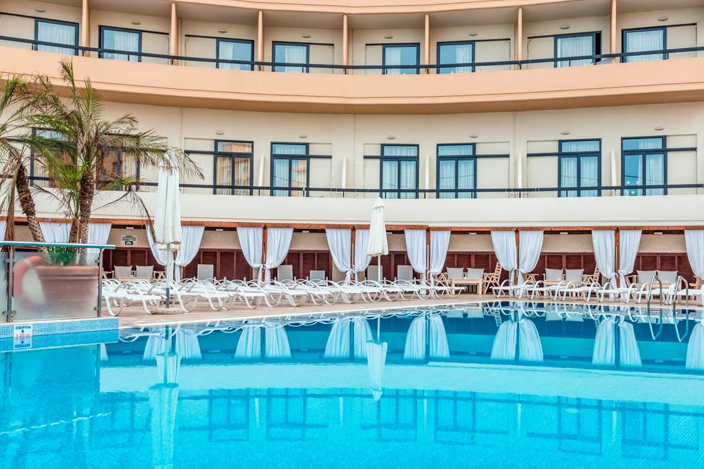 LAST MIN 4* Adults Only Rhodes Hols - Image 1