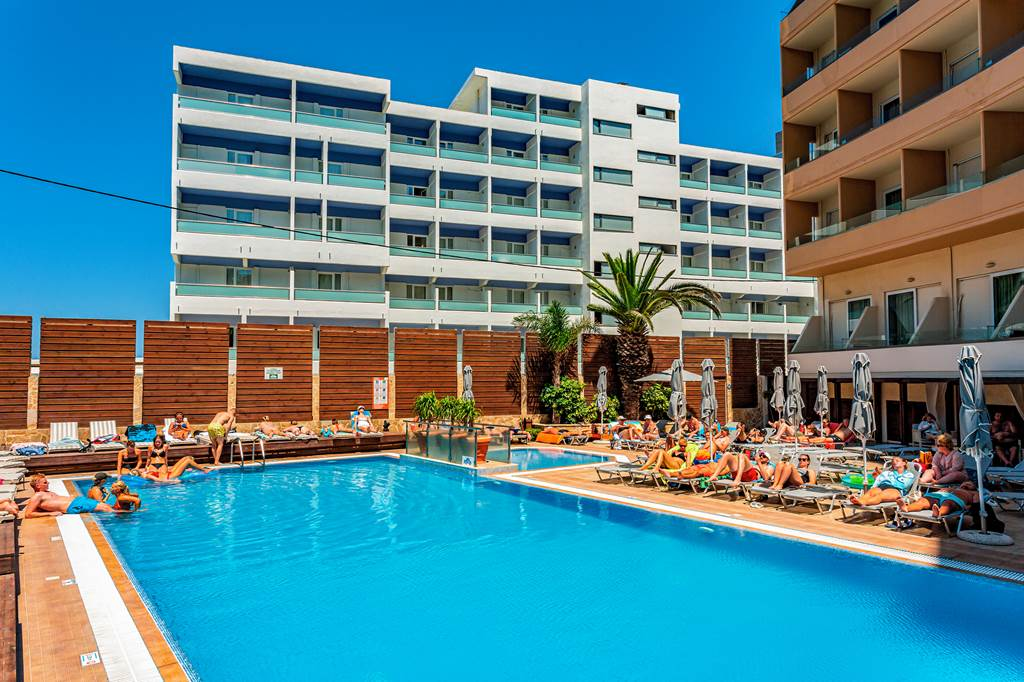 LAST MIN 4* Adults Only Rhodes Hols - Image 4