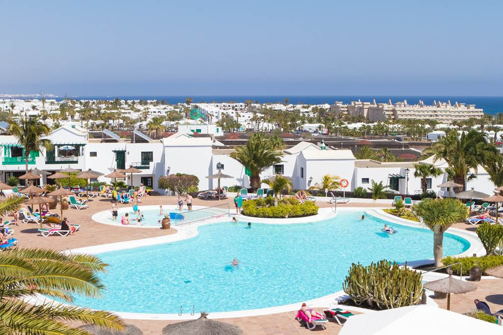 LAST MIN Pack Yer Bags and Go To Lanzarote - Image 2