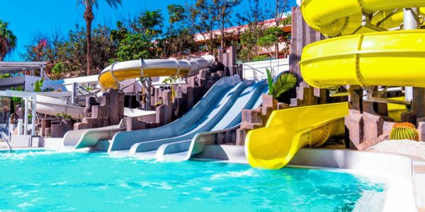 TENERIFE FAMILY FAVOURITE WITH FREE CHILD PLACE