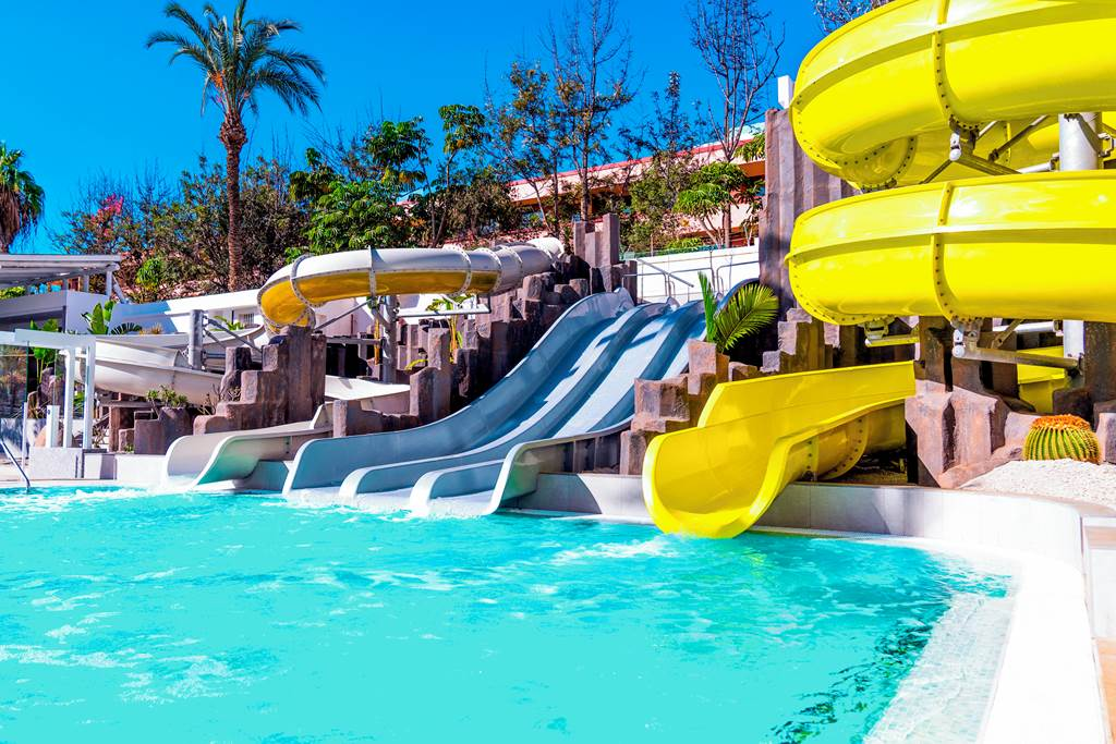 TENERIFE FAMILY FAVOURITE WITH FREE CHILD PLACE - Image 1